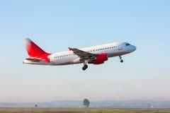 Odlota samolot pasażerski zdjęcie royalty free