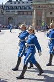 Odmienianie strażnik blisko pałac królewskiego. Szwecja. Sztokholm Obraz Stock