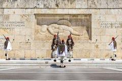 Odmienianie strażnik na Syntagma kwadracie w Ateny Fotografia Stock