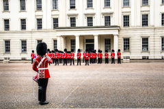 Odmienianie strażowa ceremonia przy buckingham palace, Londyn, UK Zdjęcie Stock