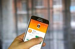 Odnoklassniki app на Samsung S7 Стоковые Изображения RF