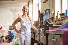 odosobneni białej kobiety pracownika potomstwa Fotografia Stock