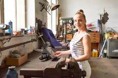 odosobneni białej kobiety pracownika potomstwa Obraz Stock
