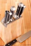 odosobneni kuchenni knifes ustawiają biel Obraz Royalty Free
