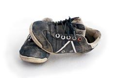 odosobneni sneakers używać biel zdjęcie stock