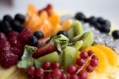 odosobnienie tortowy owocowy biel Obrazy Stock