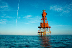 Odosobniona ocean latarnia morska Zdjęcie Royalty Free