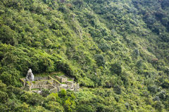 Odosobniona ruina przy Machu Picchu miejscem Obraz Royalty Free