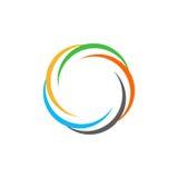 Odosobniony abstrakcjonistyczny kolorowy kółkowy słońce logo Round kształta tęczy logotyp Zawijasa, tornada i huraganu ikona, Spi Obraz Stock