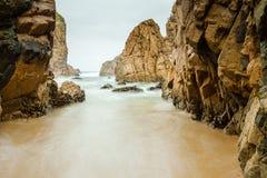 Odosobniony plażowy Ursa na Atlantyk wybrzeżu blisko przylądka Roca Zdjęcie Royalty Free