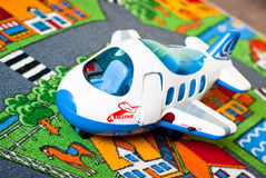 odosobniony samolotu zabawki biel Obrazy Royalty Free