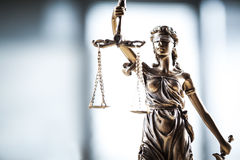 odosobniony sprawiedliwości sylwetki statuy biel