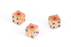 Odosobniony Trzy kostka do gry drewniany przedstawienie jeden punkt twarz Zdjęcie Royalty Free