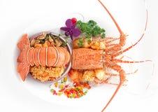Odparowany homar w jarzynowych dekoracjach Fotografia Stock