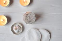Odpoczynek w zdroju tła piękna opieki szarej fryzury błyszcząca slicked kobieta Relaksu czas dla youself Aromatherapy Fotografia Stock