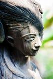 Odpoczynkowa statua w miękkim świetle zdjęcia stock