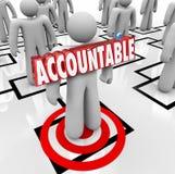 Odpowiedzialny słowo Celująca osoby przypinania wina na pracowniku Org Cha Obraz Stock