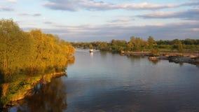 Odra flod i Wroclaw, lägre Silesia, Polen Royaltyfria Bilder