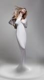 Odrodzenie. Wenus kobiety aphrodite w fantastycznej pozie - Zdjęcie Royalty Free