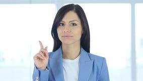 Odrzucający ofertę machać palec, zaprzeczenie, nie zdjęcia royalty free