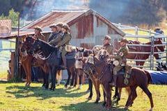 odtworzenie Lekkiego konia brygada Przy mężczyzną Od Śnieżnego Rzecznego Bush festiwalu 2019 zdjęcia stock