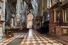 Odwiedzać St Stephen katedrę przy Wiedeń, Austria's kapitał Zdjęcia Royalty Free