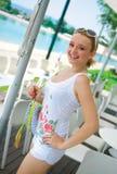 odzieżowej dziewczyny uśmiechnięty lato biel Fotografia Royalty Free