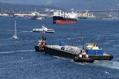 Łodzie i statki w ruchliwie Vancouver kolumbiach brytyjska Kanada Harbou Obraz Royalty Free