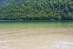 Łodzie na jeziorze Konigssee Niemcy Obraz Royalty Free
