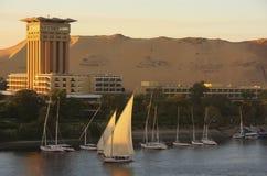 Łodzie na Nil rzece, Aswan Zdjęcia Stock