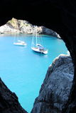 Łodzie na wodnym widoku od tunelu Fotografia Royalty Free