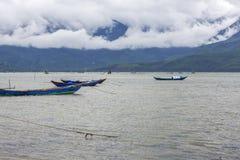 Łodzie rybackie przy jetty Fotografia Royalty Free