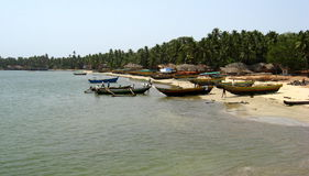 Łodzie rybackie przy Malvan obrazy royalty free