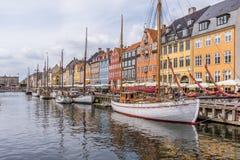 Łodzie rybackie w Nyhavn schronieniu Obraz Stock