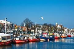 Łodzie rybackie w porcie Warnemuende, Niemcy Obraz Royalty Free