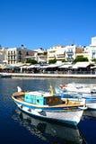 Łodzie w Agios Nikolaos schronieniu, Crete Zdjęcie Stock