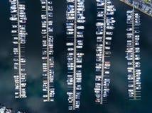 Łodzie w marina, odgórny widok Obraz Royalty Free