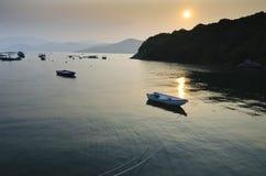 Łodzie w Spokojnym Morzu zdjęcie stock
