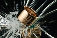 Odzwierciedlający pierścionek Obraz Royalty Free