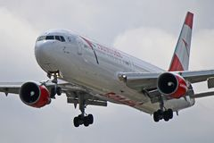OE-LAZ: Austrian Airlines Boeing 767-300ER Imagen de archivo