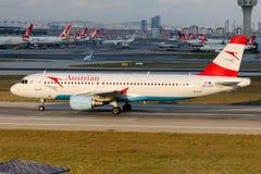 OE-LBQ Austrian Airlines Aerobus A320-214 Wienerwald Obraz Stock