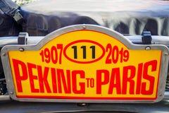 Oefa, Rusland, 22 Juni 2019: 7de Peking aan de Motoruitdaging van Parijs Sluit omhoog van het verzamelingsnaambord stock foto's