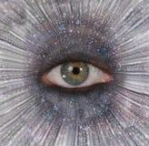 Oeil dans l'éclat d'étoile photographie stock