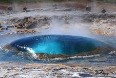 Oeil de geyse de Strokkur Photographie stock libre de droits
