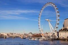 Oeil de Londres de passerelle de Westminster images libres de droits