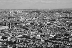 Oeil proche sur le vieux bloc de ville de Paris Photos libres de droits