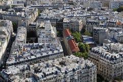 Oeil proche sur le vieux bloc de ville de Paris Photographie stock libre de droits