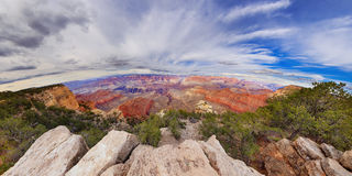 Oeil regardant Grand Canyon Photographie stock libre de droits