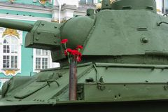 Oeillets rouges sur le T-34 Photo libre de droits