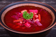 Oekraïens en Russisch nationaal voedsel - rode bietsoep, borscht Stock Fotografie